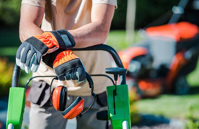 3 Advantages of Hiring Turf Management Professionals